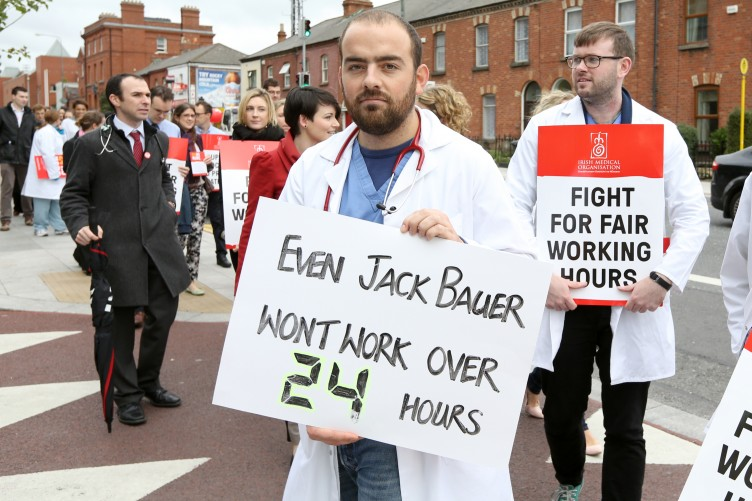 8 Reasons You Should Support Junior Doctors Going On Strike